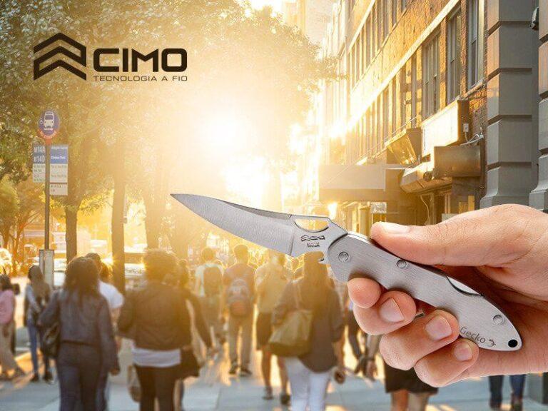 Canivete Gecko no fundo com Pessoas na rua - Cutelaria Cimo